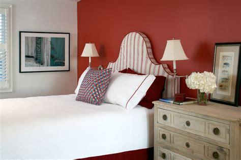 gestell hinter bett klassische schlafzimmer farben sorgen f 252 r gesunden schlaf