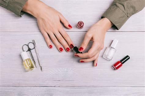 nagellack teppich nagellack aus kleidung entfernen wie womit was beachten