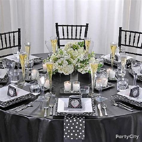 bridal shower round table decoration ideas awesome party dinner table setting ideas tablescapes and