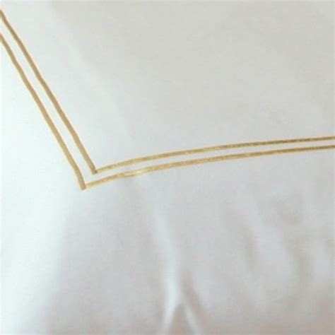 Couette Carré Blanc by Qualicity Cara Or Housse De Couette Cara Or