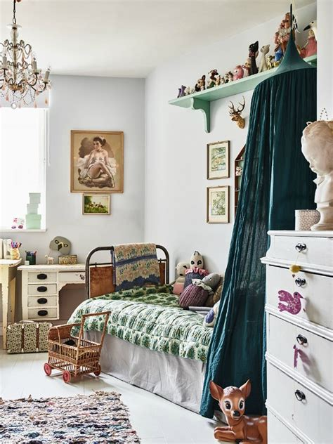 vintage rooms 2 vintage kid s rooms with a boho touch