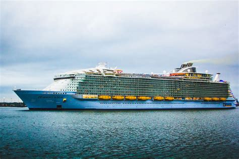 biggest cruise ships in the world list top 10 biggest cruise ships in the world