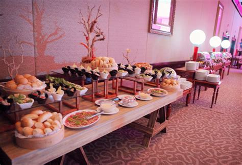 how to set up a buffet table 54 wedding table set up table set up bali wedding flowers