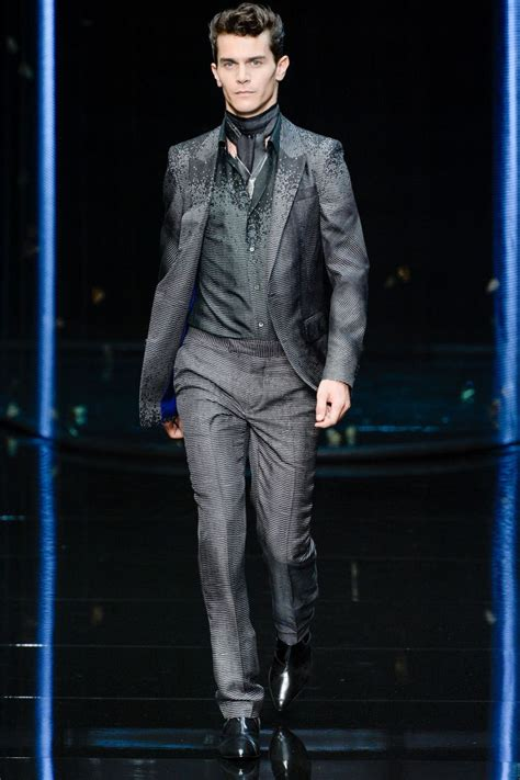 Mens Fashion Week Roberto Cavalli For And In Ss0708 by Style In Roberto Cavalli Summer Menswear