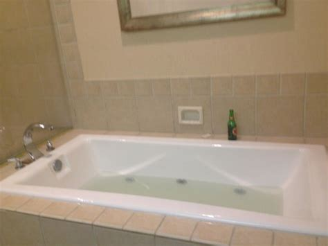 nice bathtub nice tub in presidential suite picture of best western