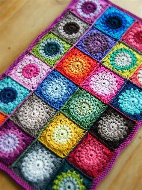 crochet square sunburst squares pattern by priscilla hewitt