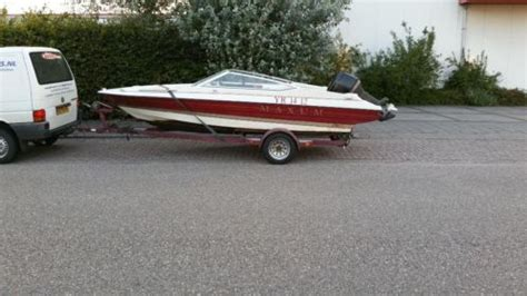 speedboot met open punt maxum 1700 xr speedboot bowrider 50pk tohatsu met trailer