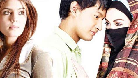 film romantis indonesia yang terbaik 10 film romantis indonesia terbaik yang bakal bikin baper