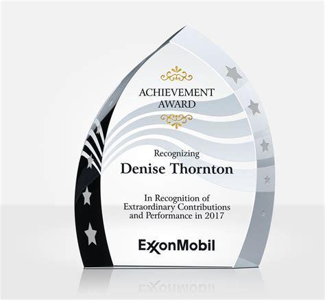 Employee Achievement Award   DIY Awards