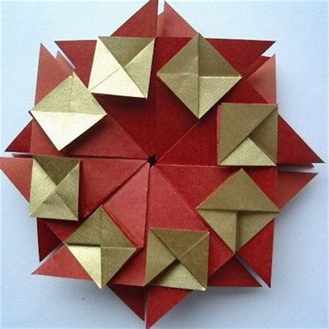 Modular Origami Wreath - 45 best origami wreath images on modular