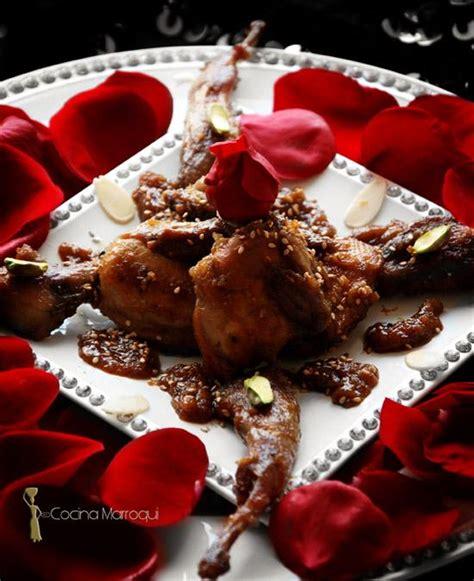 codornices en ptalos de rosas rstica codornices con p 233 talos de rosa paperblog