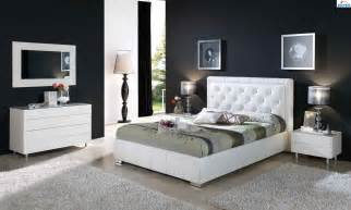Modern Home Interior Furniture Designs Ideas by Modern Bedroom Furniture Black And White Greenvirals Style