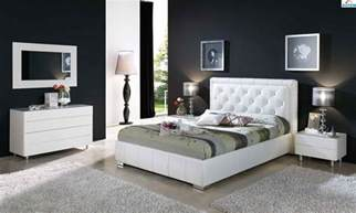 Modern Decor Home Modern Bedroom Furniture Black And White Greenvirals Style