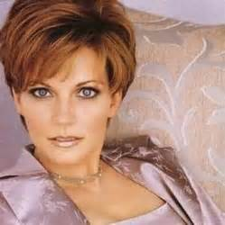 reba mcentire with short hair reba mcentire hairstyle yahoo search results creating