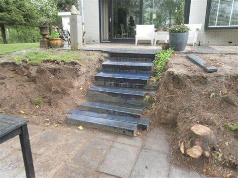 Betonnen Trap Tuin by Houten Vlonder Trap Leggen Werkspot
