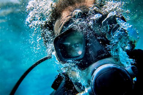 dive dive dive 5 common mistakes that scuba divers make and how to avoid