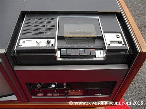 Vintage Betamax VCRs. The Sony SL 7200A. 1st Betamax video