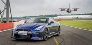 Cars Faster Than Nissan Gtr Nissan Gt R Sports Car Vs 115 Mph Fast Drone