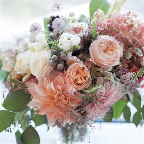 Bouquet Flower Arrangement For Wedding by Classic Wedding Bouquets Martha Stewart Weddings