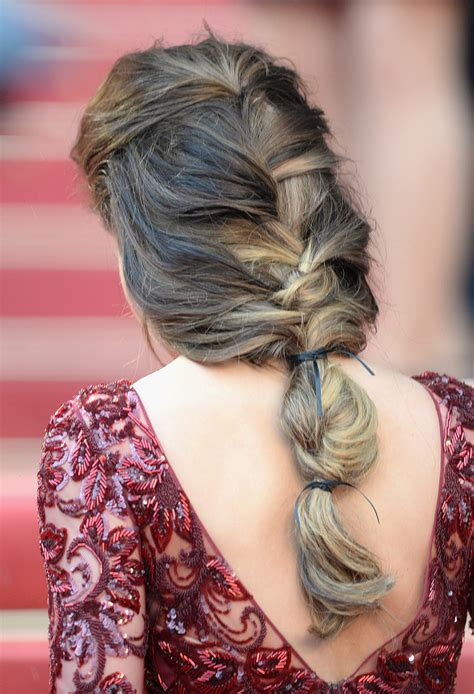 loose back braid cheryl cole s hair was styled in a loose braid that