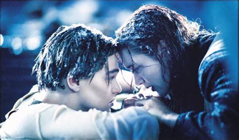 film asia sad ending leonardo dicaprio says goobye to kate winslet in titanic