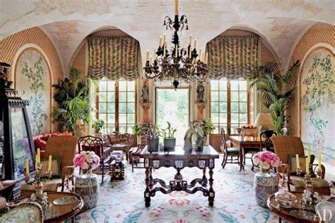 inside designer valentino garavani s chateau