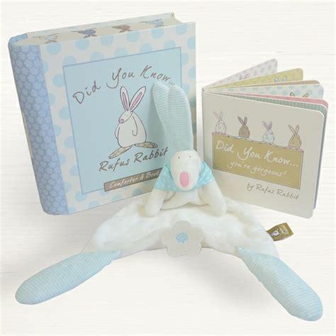 Gift Set Kiddy Kado Lahiran 2 rufus rabbit baby boy comforter book gift set kiddy moo