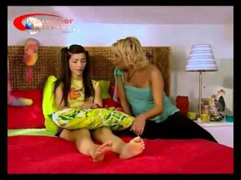 celebrity feet tv turkish celebrity feet merve boluğur youtube