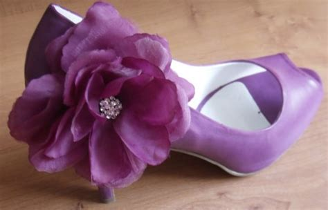 diy flower shoes diy silk flower shoes weddingbee photo gallery