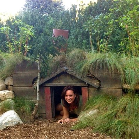 hobbit hole dog house 17 best ideas about hobbit garden on pinterest diy fairy house fairies garden and