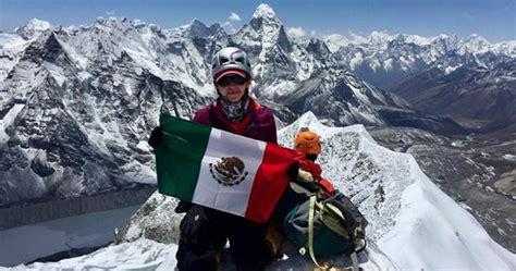 imagenes impresionantes del everest 161 conoce a la s 233 ptima mexicana en escalar el monte everest