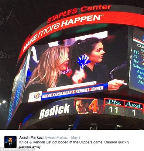 haircut games with clippers kendall jenner and khloe kardashian heckled at la clippers