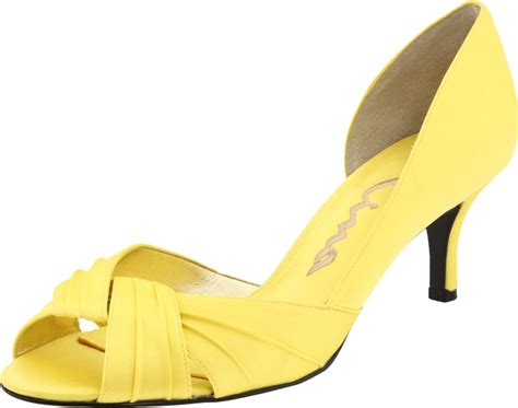 best dresses yellow shoes for wedding