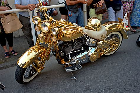 Motorrad Versichern Mit 16 by Die Besten 25 Harley Davidson Italia Ideen Auf