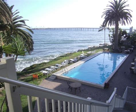 cliff house inn cliff house inn vista da piscina picture of cliff house inn on the ventura tripadvisor