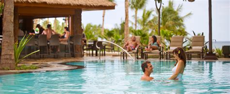 Resorts For Couples Wailana Pool Aulani Hawaii Resort Spa