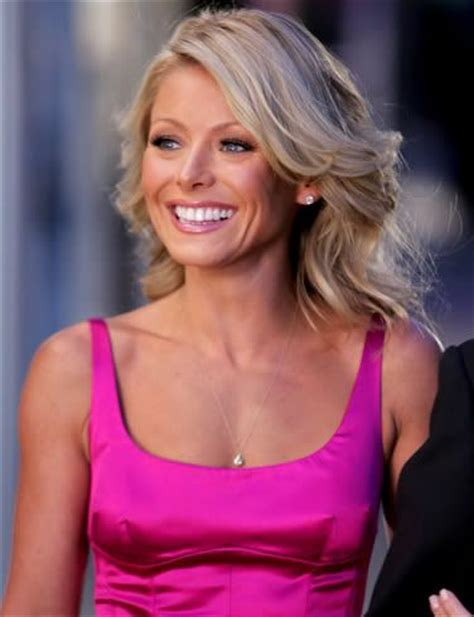 what is the net worth of linda ripa kelly ripa net worth learn how wealthy is kelly ripa