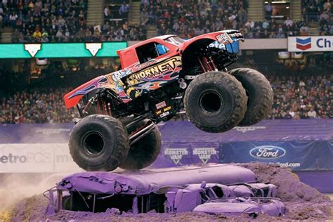 nitro hornet monster truck nitro hornet monster trucks wiki fandom powered by wikia