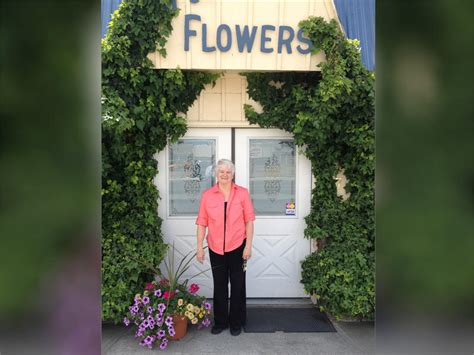 Flowercourts From Poste by Supreme Court Punts Same Wedding Flowers Back To