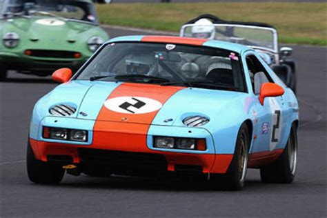 Porsche 928 Racing by Porsche 928 In Gulf Livery Racing In 2 Motorsports