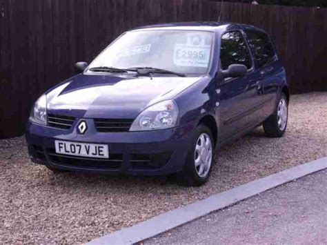 Renault Clio 1 1 For Sale Renault Clio 1 2 Cus 1 Owner Only 32 000