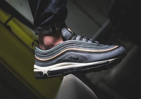 Sepatu Nike Air Limited Edition check out the nike air max 97 with wool uppers