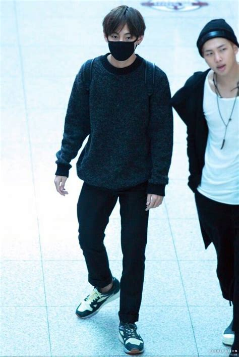 kim taehyung clothes 93 best kim taehyung airport fashion images on pinterest