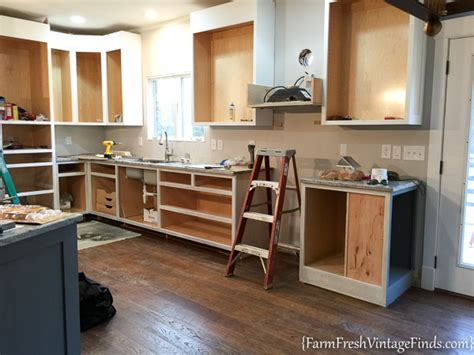 waxing kitchen cabinets waxing kitchen cabinets things new painting and waxing