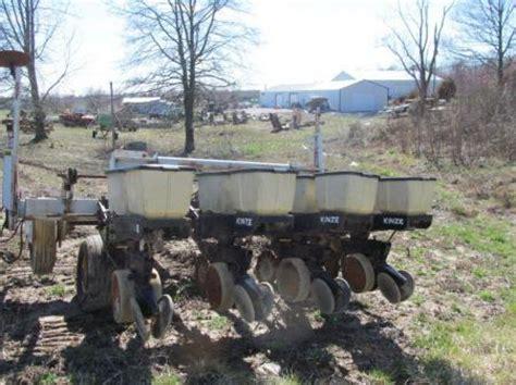 New Idea Corn Planter by New Idea Corn Planter No Till 4 Row Ebay