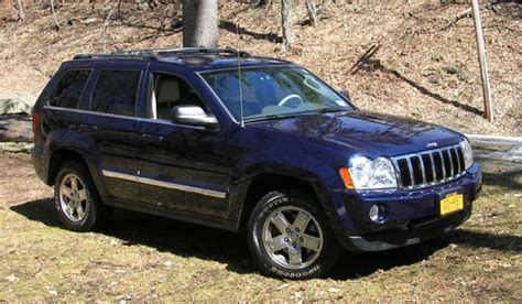 navy blue jeep grand cherokee 2005 jeep grand cherokee limited hemi v8 5 7l dk blue