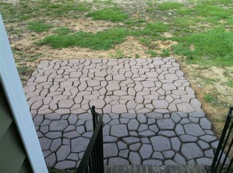 Quikrete Landscape Rock Diy Patio Made From A Country Quikrete Mold And