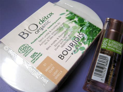 Bourjois Bio Detox Organic Foundation by Bourjois Bio Detox Organic Foundation And Perfecting Powder