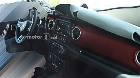 new jeep wrangler interior 2018 jeep wrangler s interior fully revealed in new spy photos