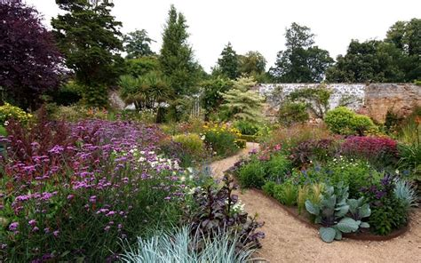 Gardens Seasons And The O Jays On Pinterest Walled Garden Error Code 5